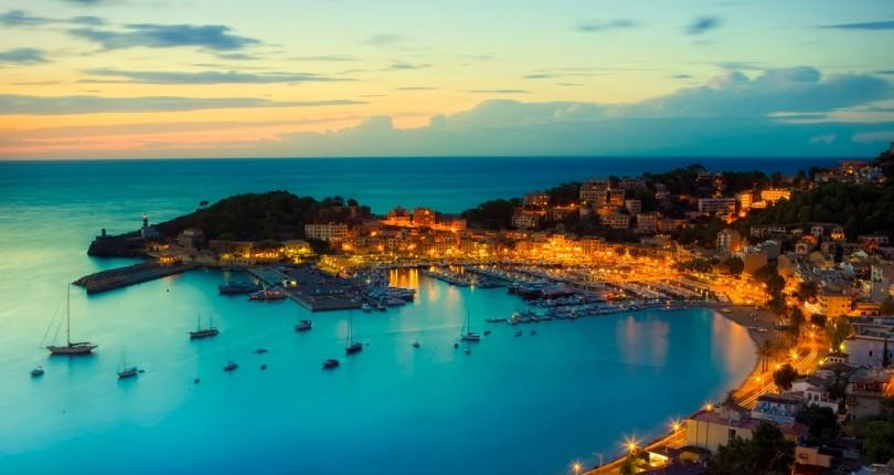 Port_de_Soller_Mallorca_Spain-moq6iyv1816s48htpopom9klyd2jez7grc2a6ilmj0.jpg